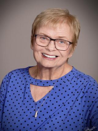 Barbara Nelson Holt