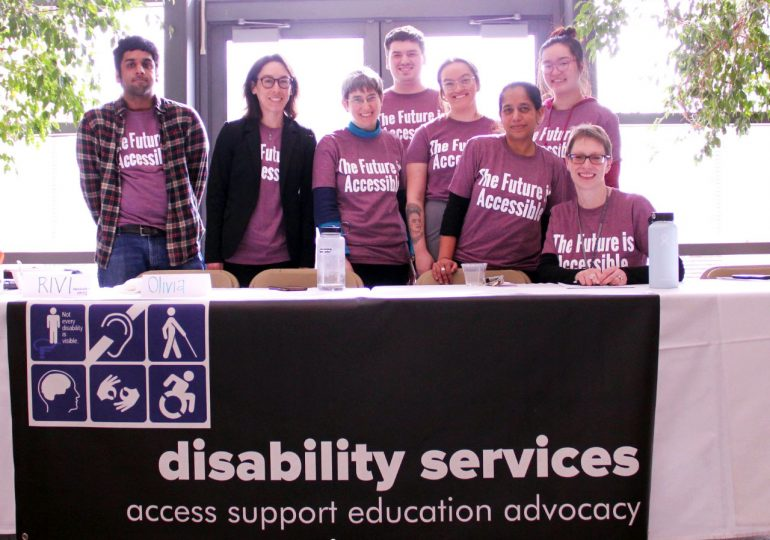 Grant provides mentors, support for Macalester students